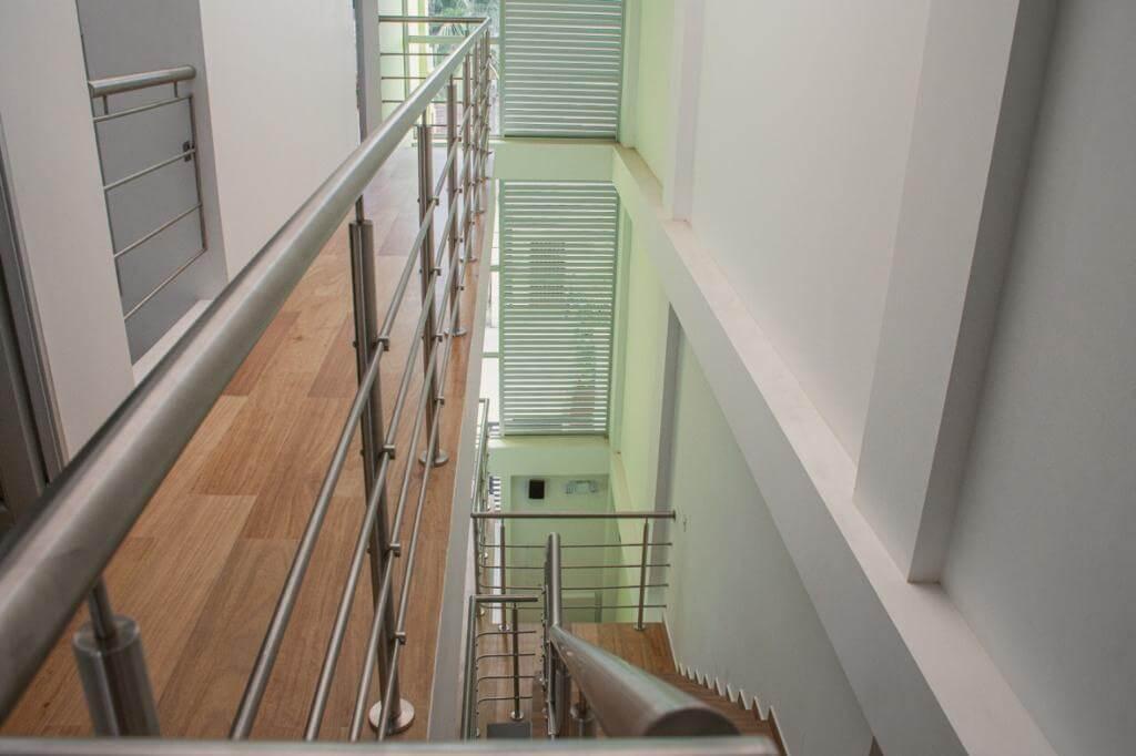 Corredor-3 escaleras